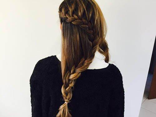 doppia treccia su capelli lunghi