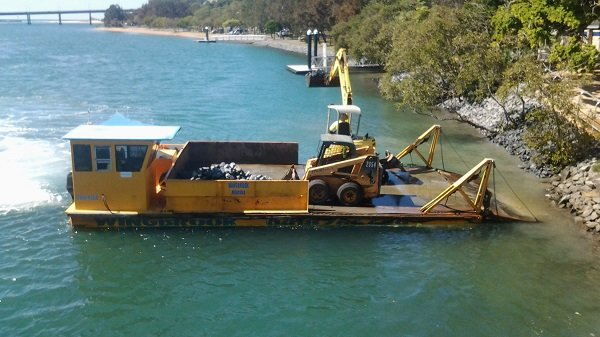wingbrook-marine-barge-and-bobcat