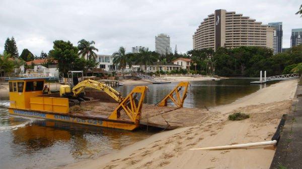 wingbrook-marine-beach-cleaning