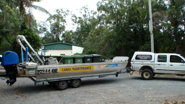 wingbrook-marine-canal-maintenance