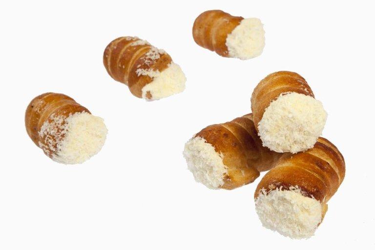 Cannoli sfoglia bianchi