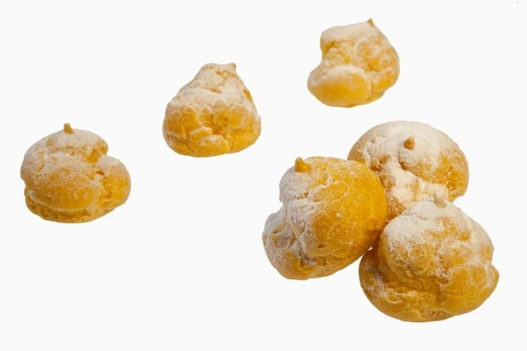Pasticcini bignè crema
