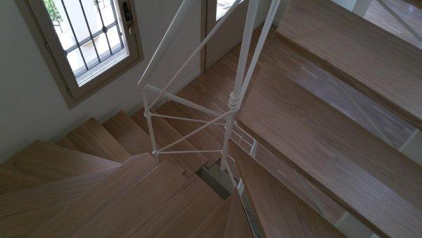 Sbiancatura parquet e scale