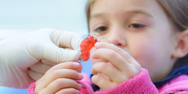 Platzhalter und Kinderprothesen bei Zahnlücken