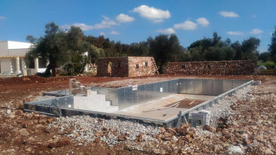 Pool maintenance san cesario di lecce le piscine relax for Albanese arredamenti san cesario lecce