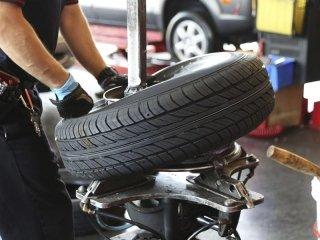 sostituzione pneumatici