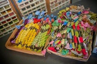 filati di cotone colorati