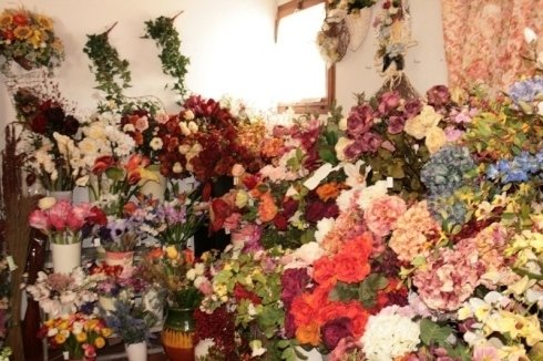distesa di fiori in negozio