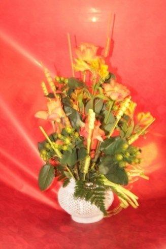 composizione con fiori gialli