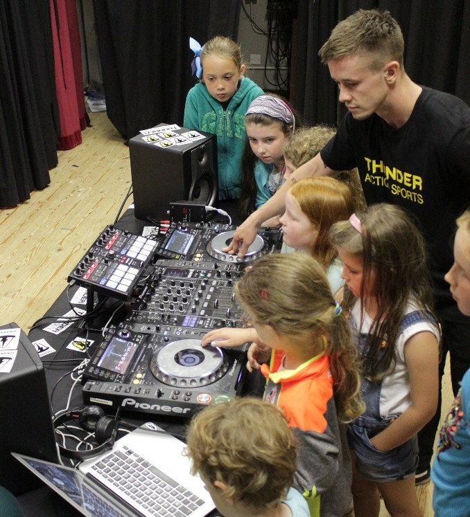 DJ workshop - Music lessons Belfast