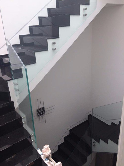 scale con vetrata di sicurezza