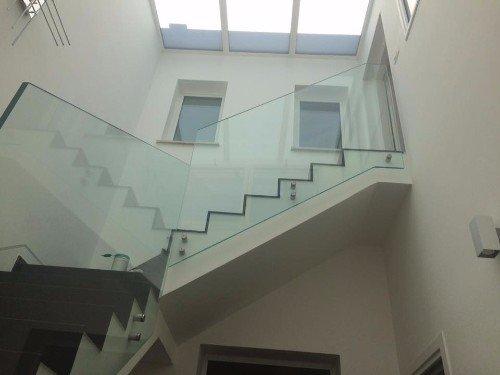 vetrata protettiva per scale interne