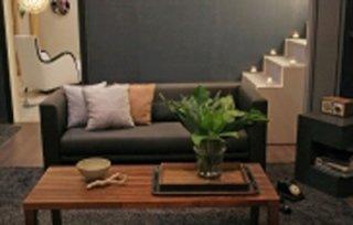 divano grigio antacitre