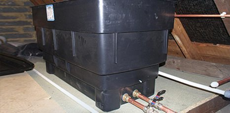 Commercial water tank