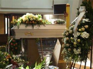 Funerali completi  in Italia e all' Estero
