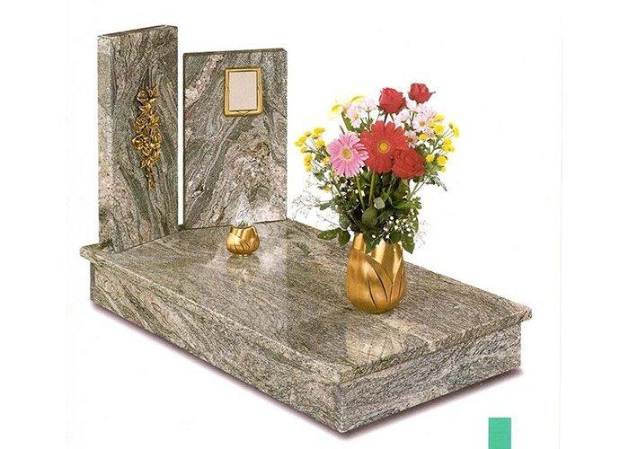 Cippo funerario granito