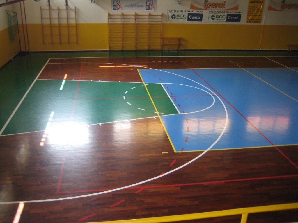 Campo da pallacanestro e calcio a 5 con pavimento in PVC