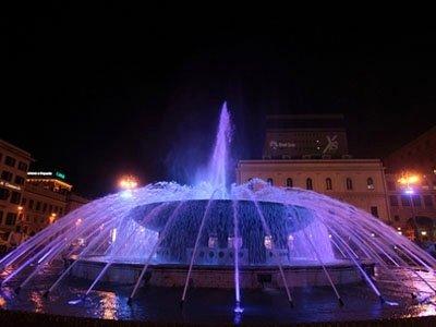 Proiezioni su fontane ad acqua