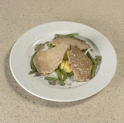 piatto di carne con fagiolini
