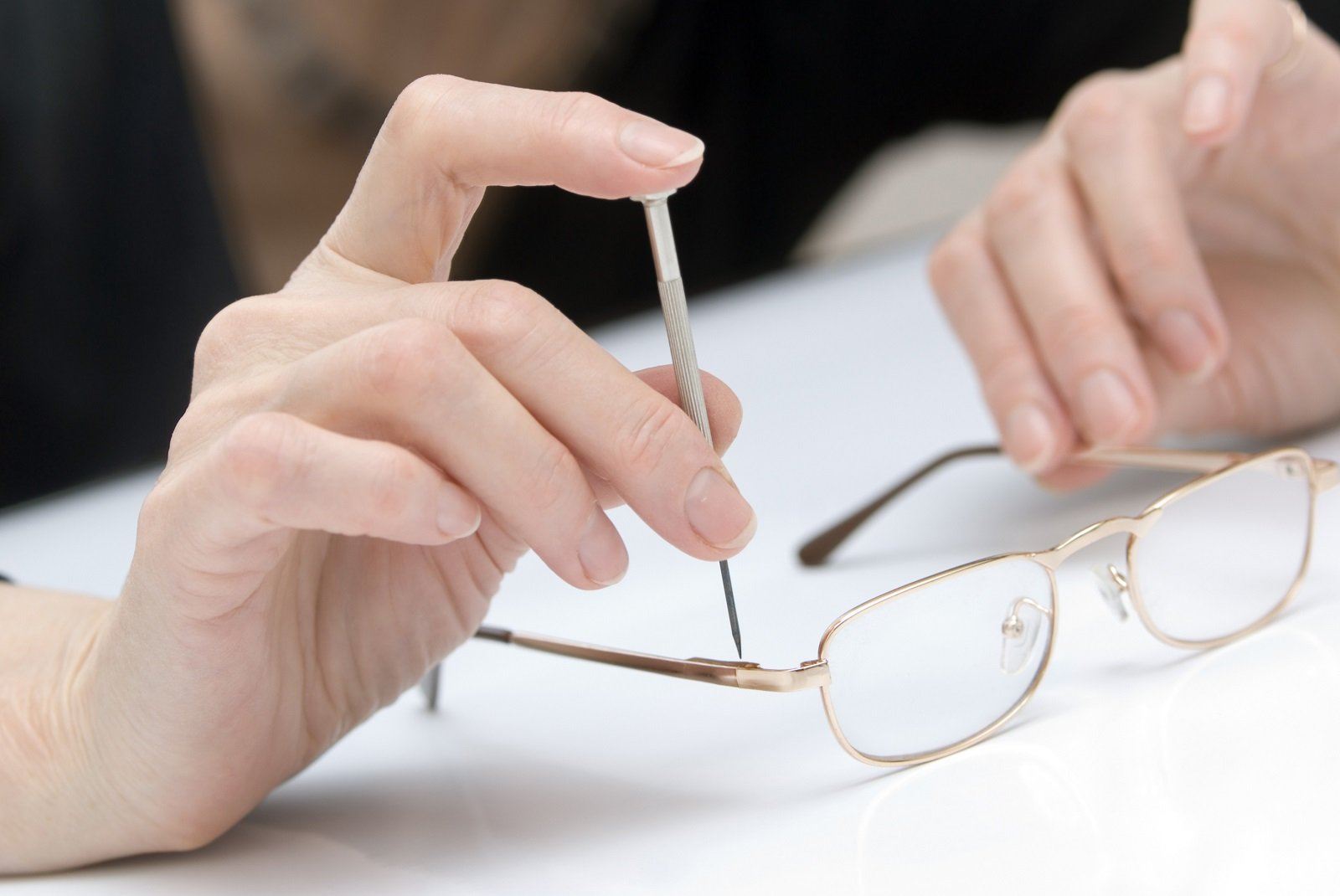 riparazione di occhiali da vista