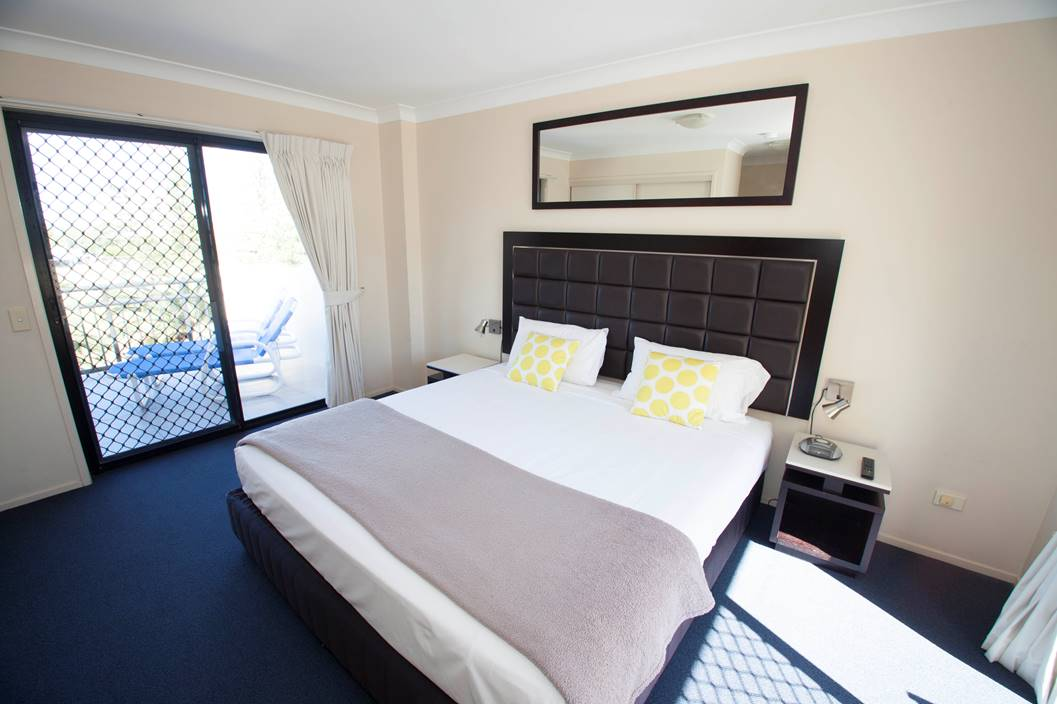 Beautiful bedroom for a budget accommodation in broadbeach