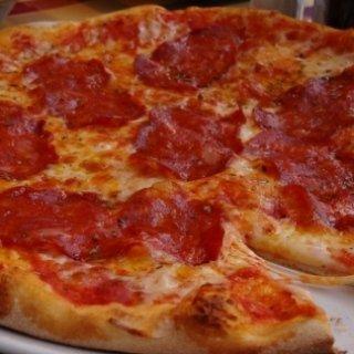 pizza con salame piccante