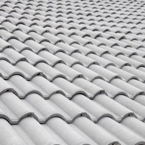 posa in opera di tegole per tetti