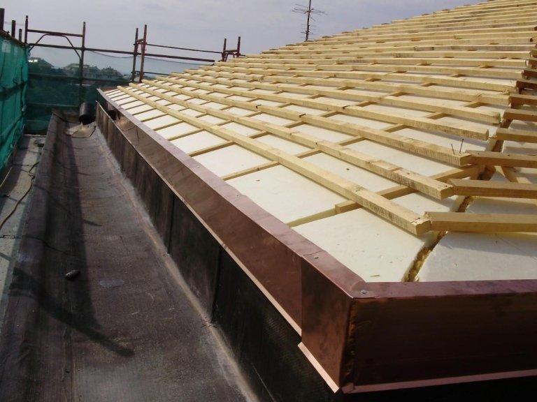 Rifacimento tetti isolamento termico Genova