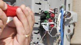 assistenza e manutenzione impianti elettrici