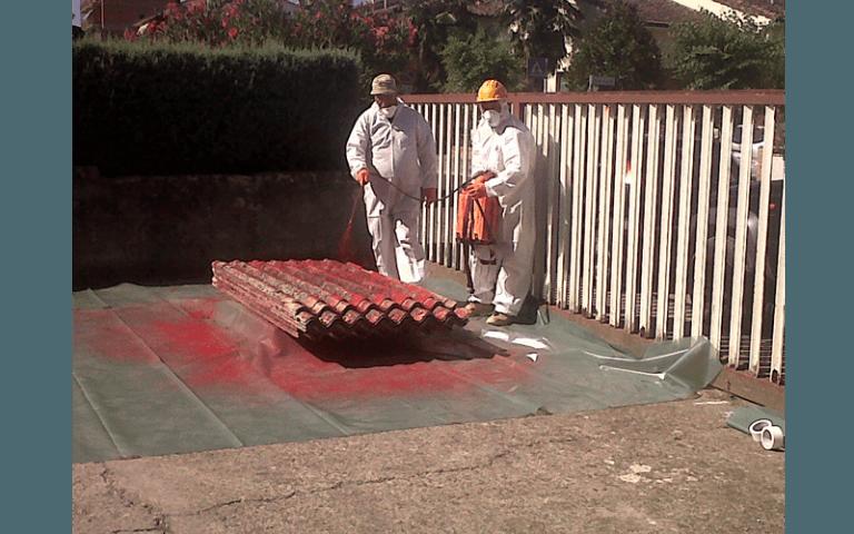 Lavori di incapsulamento amianto