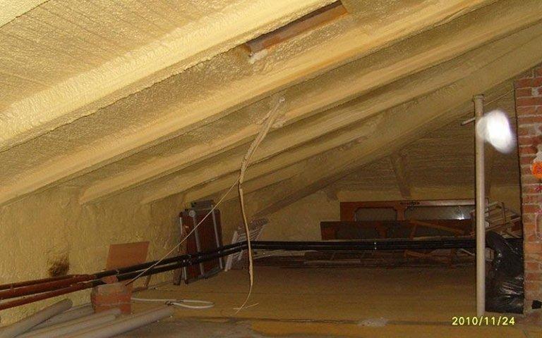 Consolidamento soffitto con schiuma