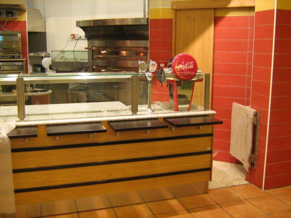 Realizzazioni bar e ristoranti zagarolo faber arredamenti for Arredamento roma est