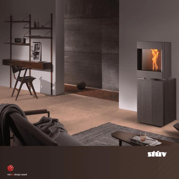Caminetto a legna chiuso con vetro panoramico a marchio STUV