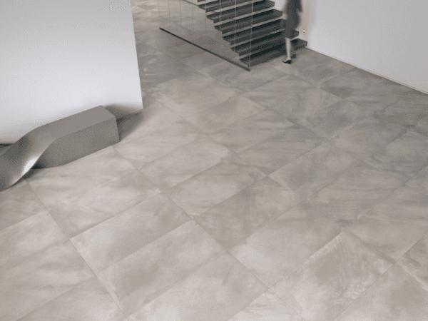 pavimento in marmo grigio con scala interna