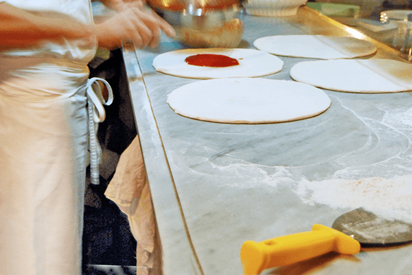 pizza tipica napoletana