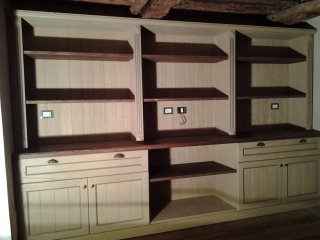 mobili in legno