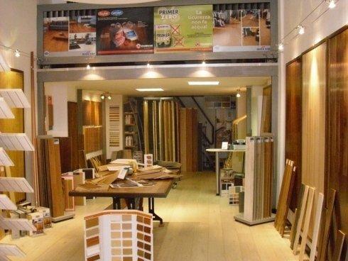 arte legno shop, interno, pavimenti in legno