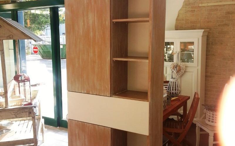 Mobili e arredi su misura cecina li linea hobby legno for Arredi e mobili