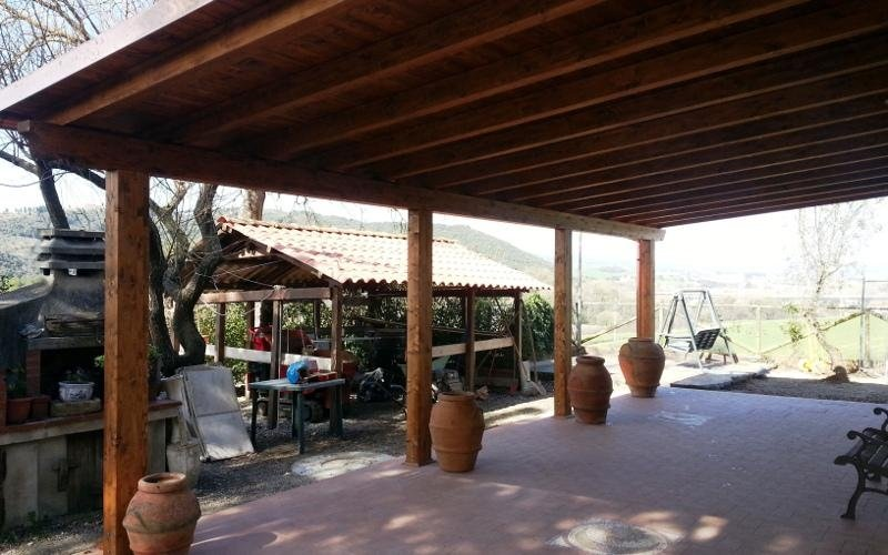 Tetto in legno per veranda
