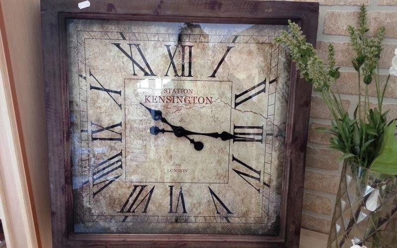 Orologio antico da parete