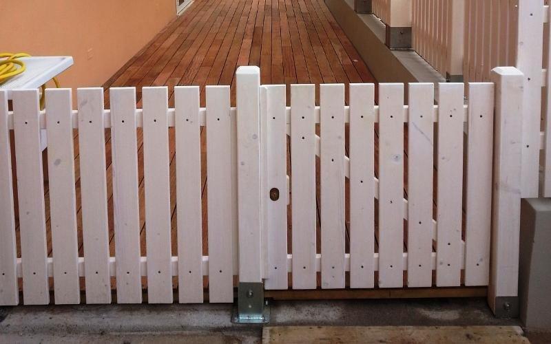 Cancello in legno su misura