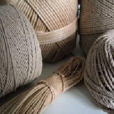 dei gomitoli di corda