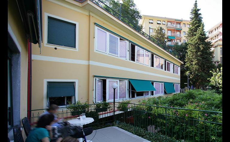 vista esterna residenza protetta villa chiara