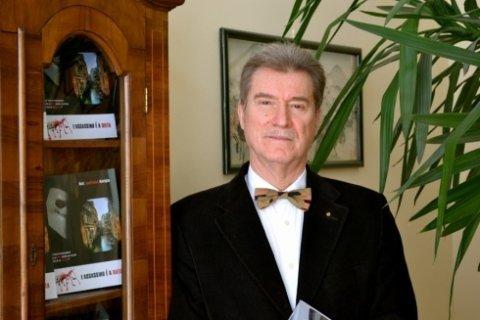 Il dottor Roviglio ha pubblicato numerosi articoli sulla dietologia