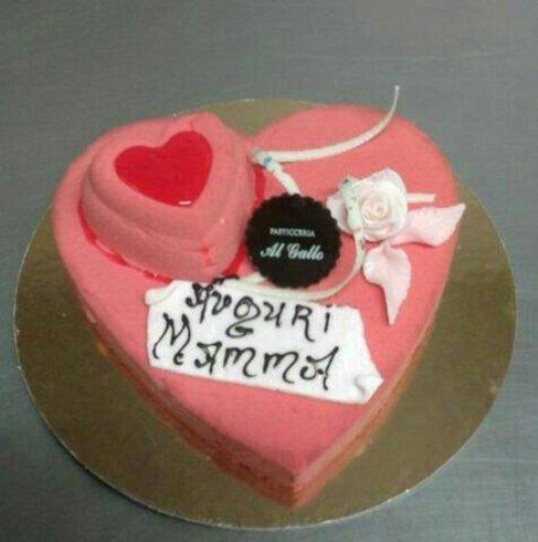 torta festa mamma cuore