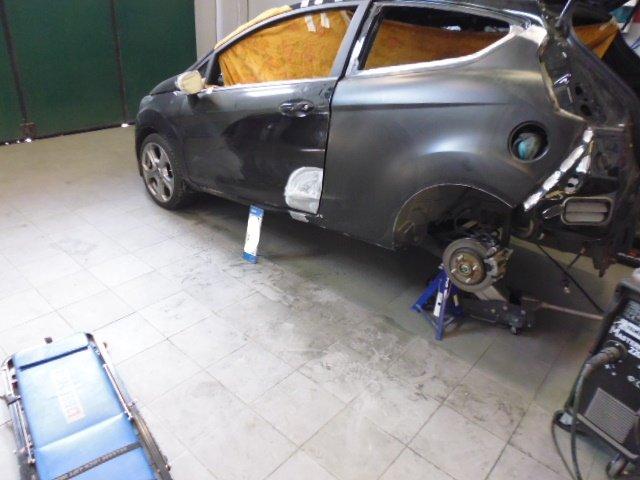 auto senza ruota