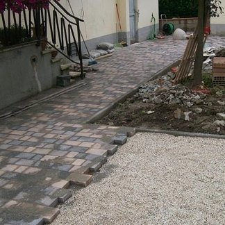Realizzazione di pavimentazione esterna a Viareggio