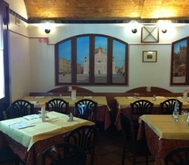 pizzeria sala interna