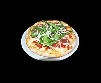 Pizza with rucola and prosciutto