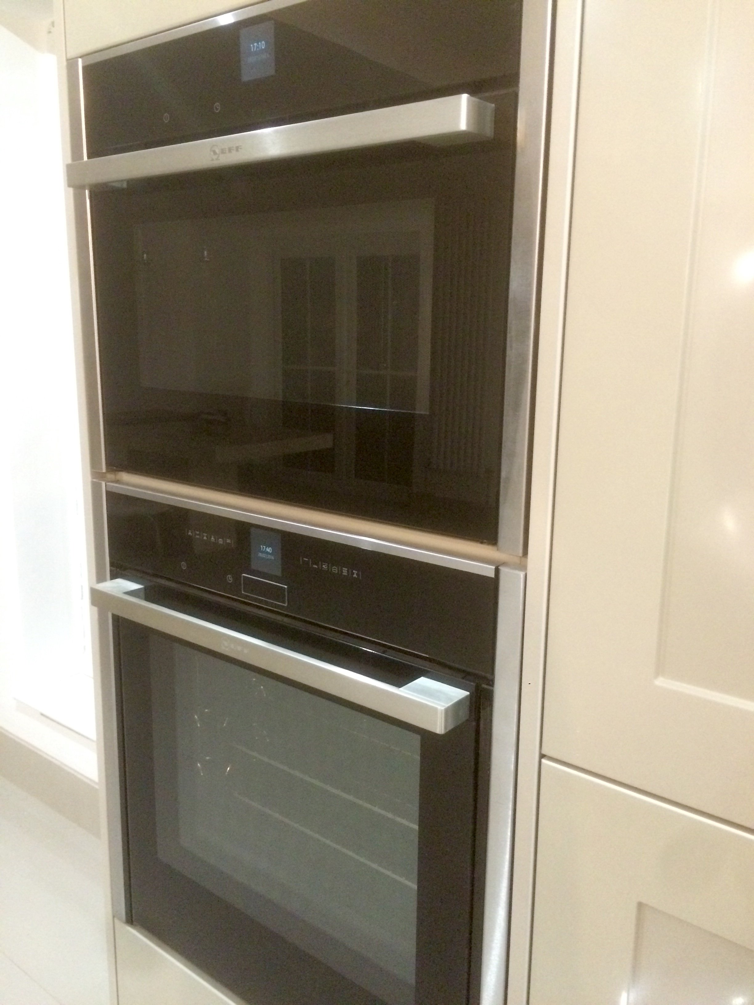 Neff Microwave and Slide 'N' Hide Oven Combi